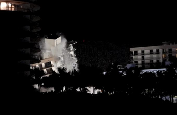 Miami: interamente demolito l'edificio di 12 piani crollato nei giorni scorsi